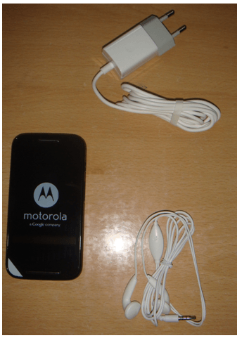 Motorola Moto E Packing contents