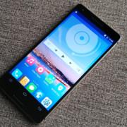 Gorgeous mid-range 4g Smartphone
