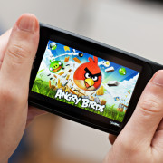 7 Mobile Games you Can Play in Under 5 Minutes